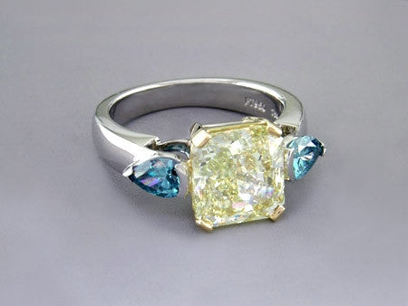YELLOW & BLUE DIAMOND RING