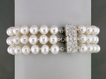 3-STRAND WHITE PEARL BRACELET WITH DIAMOND PAVE CLASP