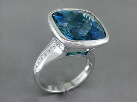 LONDON BLUE TOPAZ & DIAMOND PAVE RING