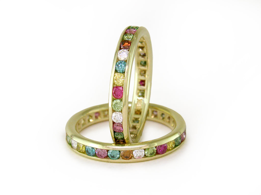 MULTICOLOR DIAMOND ETERNITY RING