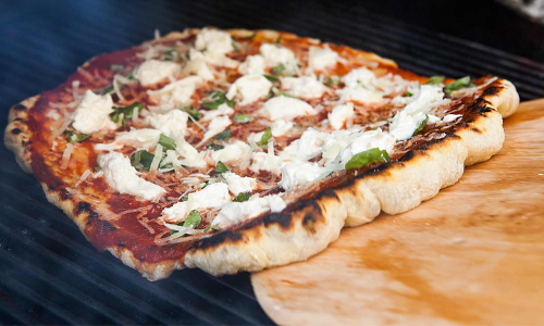 Neapolitan Pizza On The Grill – HANDS ON