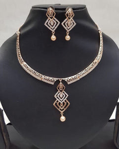 Rose Gold Neckpiece 1