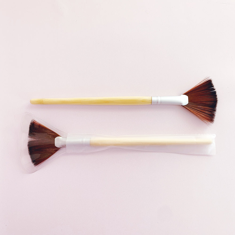 Mask Fan Brush