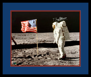 Buzz Aldrin Signed 16x20 Photo. NASA Apollo 11 Man on the Moon. PSA