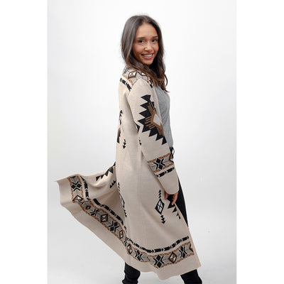 pokoloko-long-jacquard-sweater-beige-studio-model