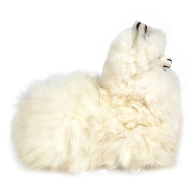 pokoloko-alpaca-fur-sitting-alpaca-white-side
