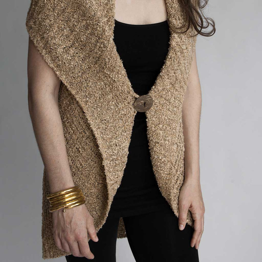 cozy-knit-button-vest-on-model-pokoloko