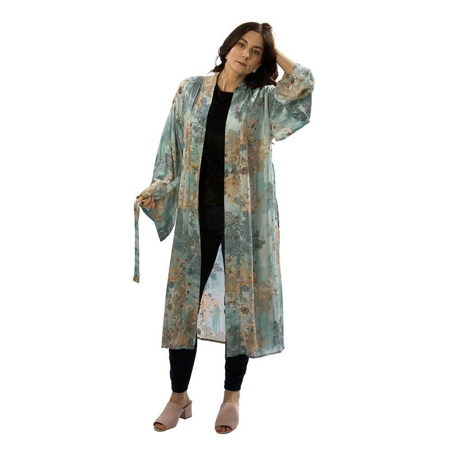 long-belted-kimono-on-model-standing-in-yard-pokoloko
