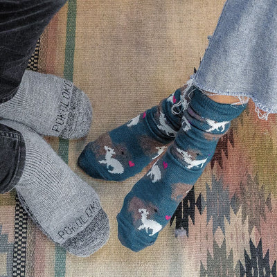 pokoloko-Momma-&-Me-Alpaca-Socks-seablue-product-model-photo