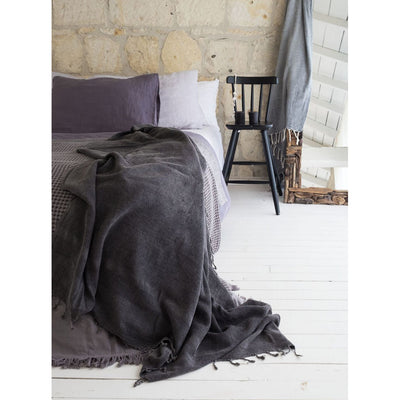 pokoloko-galaxy-stonewashed-cotton-throw-blanket-studio