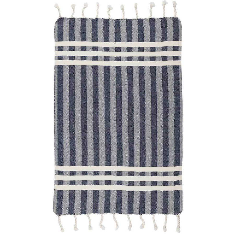 criss-cross-turkish-towel-lay-out-on-table-pokoloko