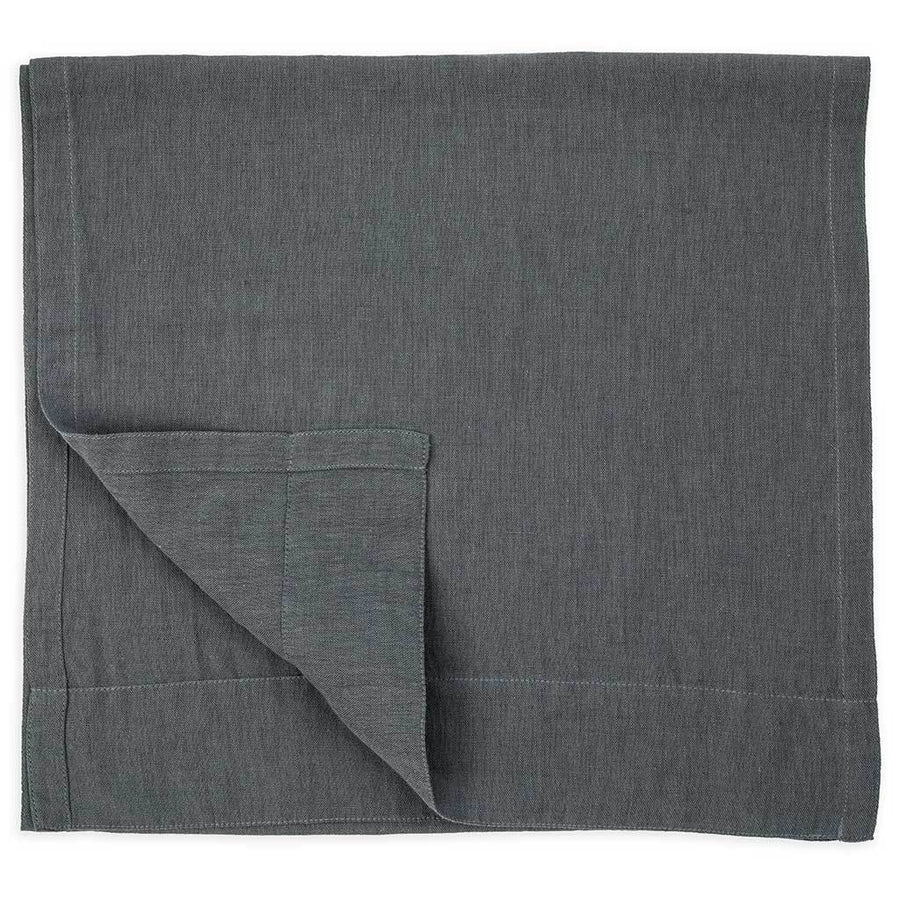 linen-table-runner-pewter-on-table-pokoloko