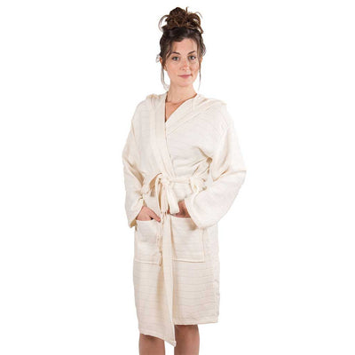 bamboo-bathrobe-on-model-hands-in-pockets-pokoloko