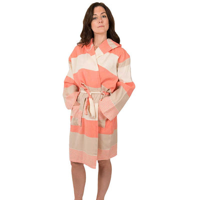 hawaii-bath-robe-peach-on-model-facing-front-pokoloko