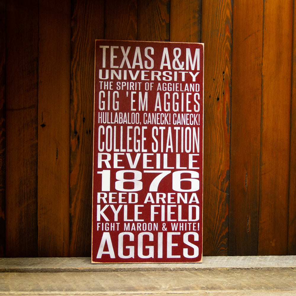 Texas A&M University Aggies Distressed Wood Sign