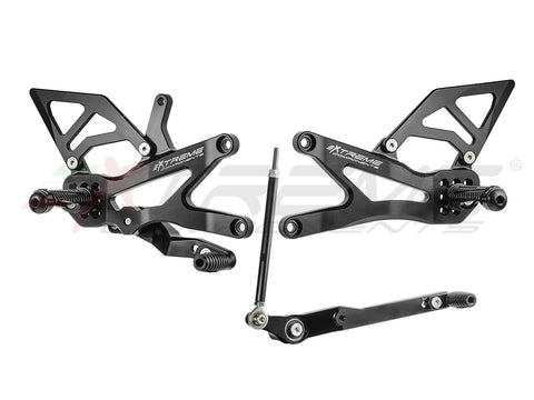 2020+ GP EVO CBR 1000 RR-R / SP  STRAIGHT SHIFT) WITH ALUMINUM HEEL GUARDS (BLACK)