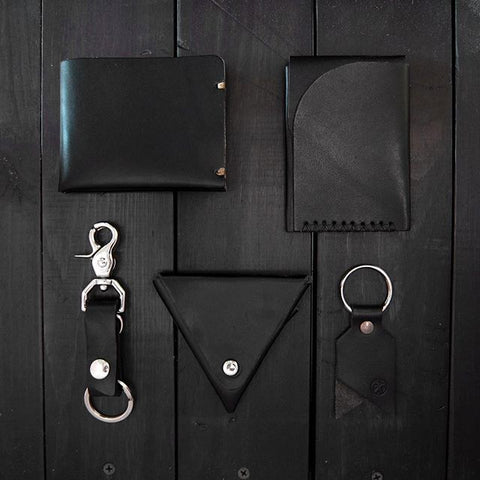 All black everyday carry grid