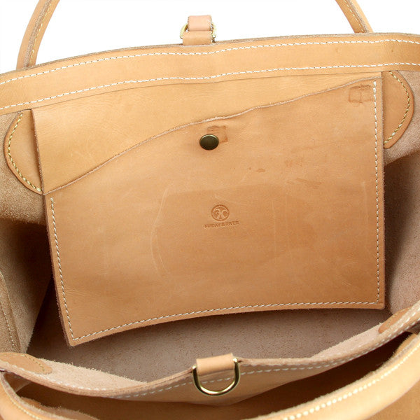 inside leather pocket of veg tan leather bag