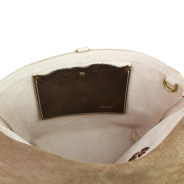 Messenger bag interior pocket