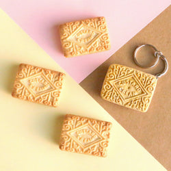 Odds and Sorts Custard Cream Keyring