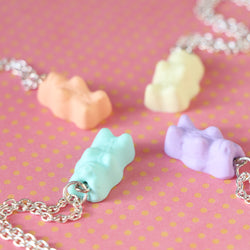 Odds and Sorts Sweet Bear Necklace