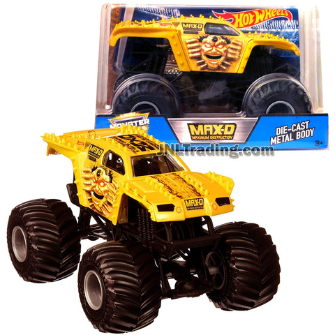 Hot Wheels Year 2017 Monster Jam 1:24 Scale Die Cast Metal Body Official Monster Truck Series - Gold Color Maximum Destruction MAX-D DFMB64 with Monster Tires, Working Suspension and 4 Wheel Steering