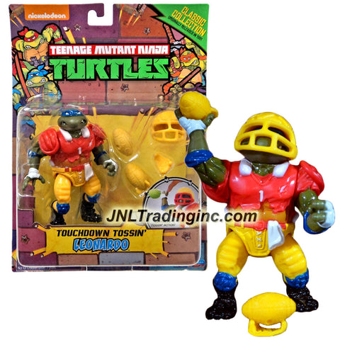 Playmates Year 2015 Teenage Mutant Ninja Turtles TMNT 1992 Classic Collection Reproduction Series 5 Inch Tall Action Figure - Touchdown Tossin' LEONARDO with Footballs, Kickstand and Helmet