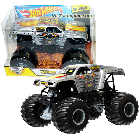 "Hot Wheels Year 2014 Monster Jam 1:24 Scale Die Cast Official Monster Truck Series : MAX-D (BGH27) ""11 Time Champion"" Maximum Destruction with Monster Tires, Working Suspension and 4 Wheel Steering (Dimension - 7"" L x 5-1/2"" W x 4-1/2"" H)"