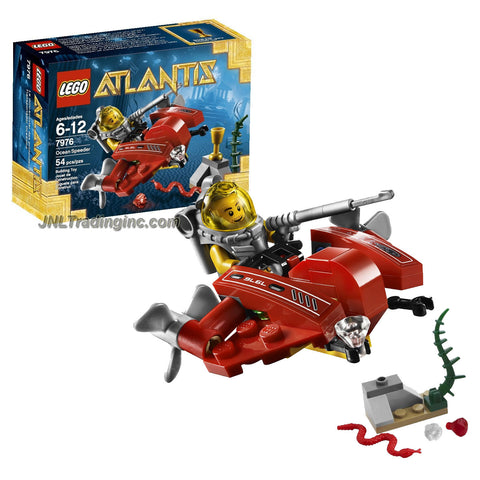 Lego Year 2011 Atlantis Series 3 Inch Long Vehicle Set #7976 - OCEAN SPEEDER with Sea Snake, Rare Gold Elements Plus Lance Spears Minifigure with Diving Gear and Harpoon (Total Pieces: 54)