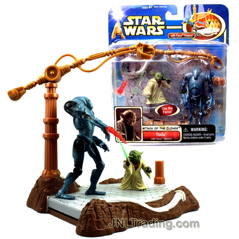 Year 2002 Star Wars Movie Attack of the Clones Series Figure Set - YODA with Force Powers Plus Lightsaber, Super Battle Droid and Display Base with Force Push Action