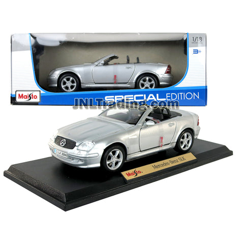 "Maisto Special Edition Series 1:18 Scale Die Cast Car - Silver Color Convertible Sports Coupe MERCEDES BENZ SLK w/ Display Base (Dimension: 8"" x 4"" x 2-1/2"")"