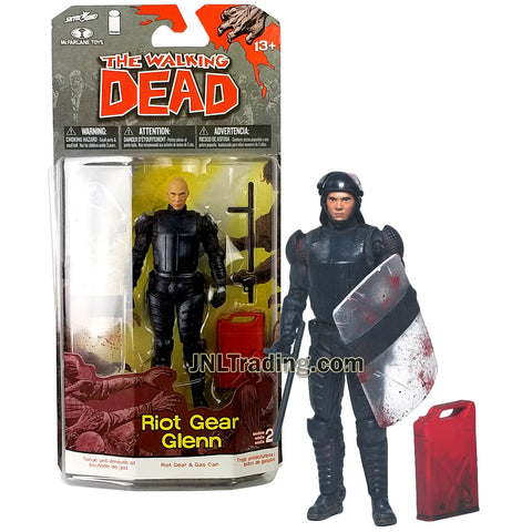 Year 2013 AMC TV Series Walking Dead 5 Inch Tall Figure - RIOT GEAR GLENN with Baton, Helmet, Guns, Shield and Gas Can