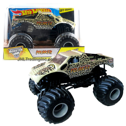 Hot Wheels Year 2015 Monster Jam 1:24 Scale Die Cast Metal Body Truck - POUNCER CJD22 with Monster Tires, Working Suspension and 4 Wheel Steering