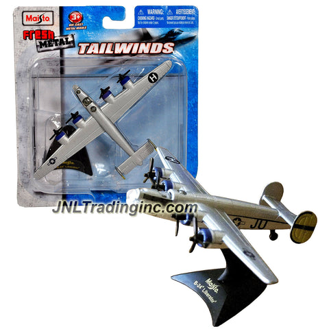 Maisto Fresh Metal Tailwinds 1:210 Scale Die Cast Military Aircraft - U.S. Army Air Corps Long Range Heavy Bomber B-24 Liberator with Display Stand