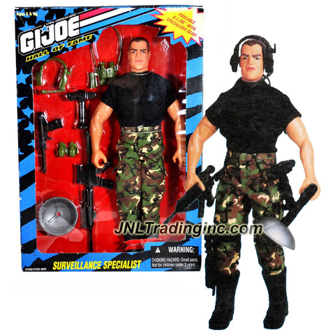 "Hasbro Year 1995 G.I. Joe A Real American Hall of Fame Series 12 Inch Tall Poseable Soldier Action Figure - SURVEILLANCE SPECIALIST with Combat Rifle, Detection Gun with Radar Dish, Communications Headset, ""Infrared"" Binoculars, Long-Range Spy Camera and 2 Battle Grenades"
