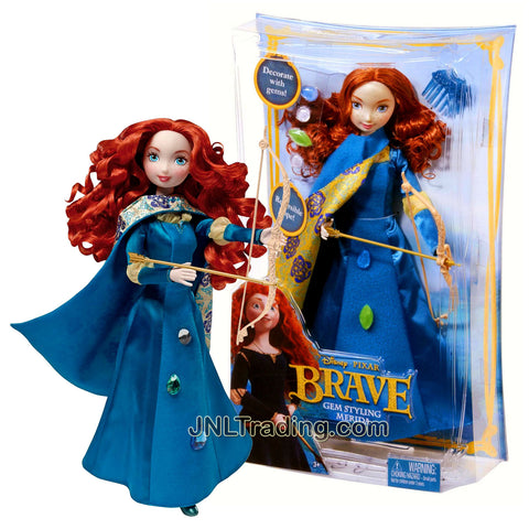 Year 2011 Disney Movie Series BRAVE 10-1/2 Inch Tall Doll Set - Gem Styling MERIDA with Reversible Cape, 4 Decorative Gems, Hairpin, Long Bow and Arrow