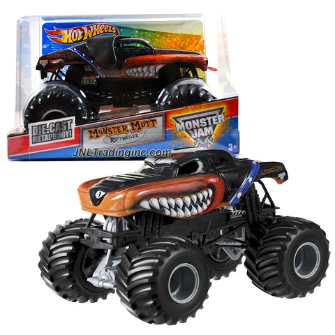 "Hot Wheels Year 2012 Monster Jam 1:24 Scale Die Cast Metal Body Official Monster Truck Series #T8532 - MONSTER MUTT ROTTWEILER with Monster Tires, Working Suspension and 4 Wheel Steering (Dimension : 7"" L x 5-1/2"" W x 4-1/2"" H)"