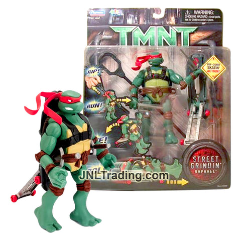 Year 2006 Teenage Mutant Ninja Turtles TMNT Movie Street Grindin' Series 6 Inch Tall Figure - RAPHAEL with Sais, Skateboard and Ripcord