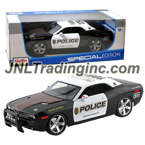 "Maisto Special Edition Series 1:18 Scale Die Cast Car - Black & White Police Cruiser 2006 DODGE CHALLENGER CONCEPT with Base (Dimension: 10""x4""x3"")"