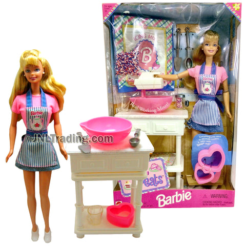 Year 1998 Barbie 12 Inch Tall Doll Set - SWEET TREATS Barbie in Kitchen Outfit with Mixer, Bowl, Table, Kitchen Utensils and Doll Stand