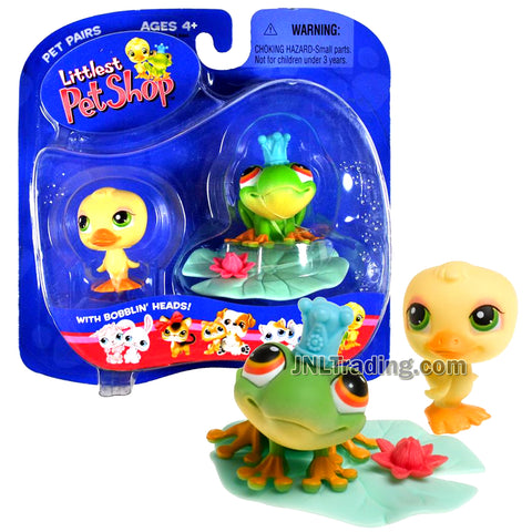 Year 2004 Littlest Pet Shop LPS Pet Pairs Series Bobble Head Figure - Duck and Frog with Crown, Lily Pad