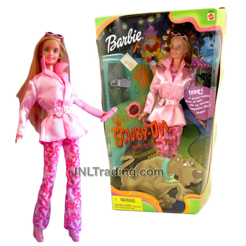 Year 2000 Scooby-Doo, Where Are You Series 12 Inch Doll - DAPHNE in The Great Amusement Park Caper with Camera, Flashlight, Magnifying Glass, Hairbrush and Pencil