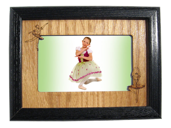 Ballerinas Photo Frame Mat (Horizontal/Landscape)