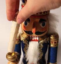"Load image into Gallery viewer, 15"" Glittery King Nutcrackers with Light-up LED candles"