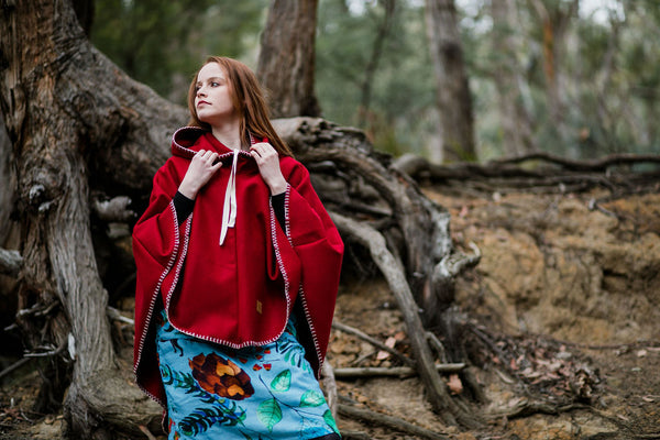 Hooded Organic Wool Cape - Barn Red