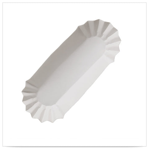 6 x 1 5/8 x 1 1/4 White Fluted Hot Dog Tray Heavyweight Closed End/Case of 3000