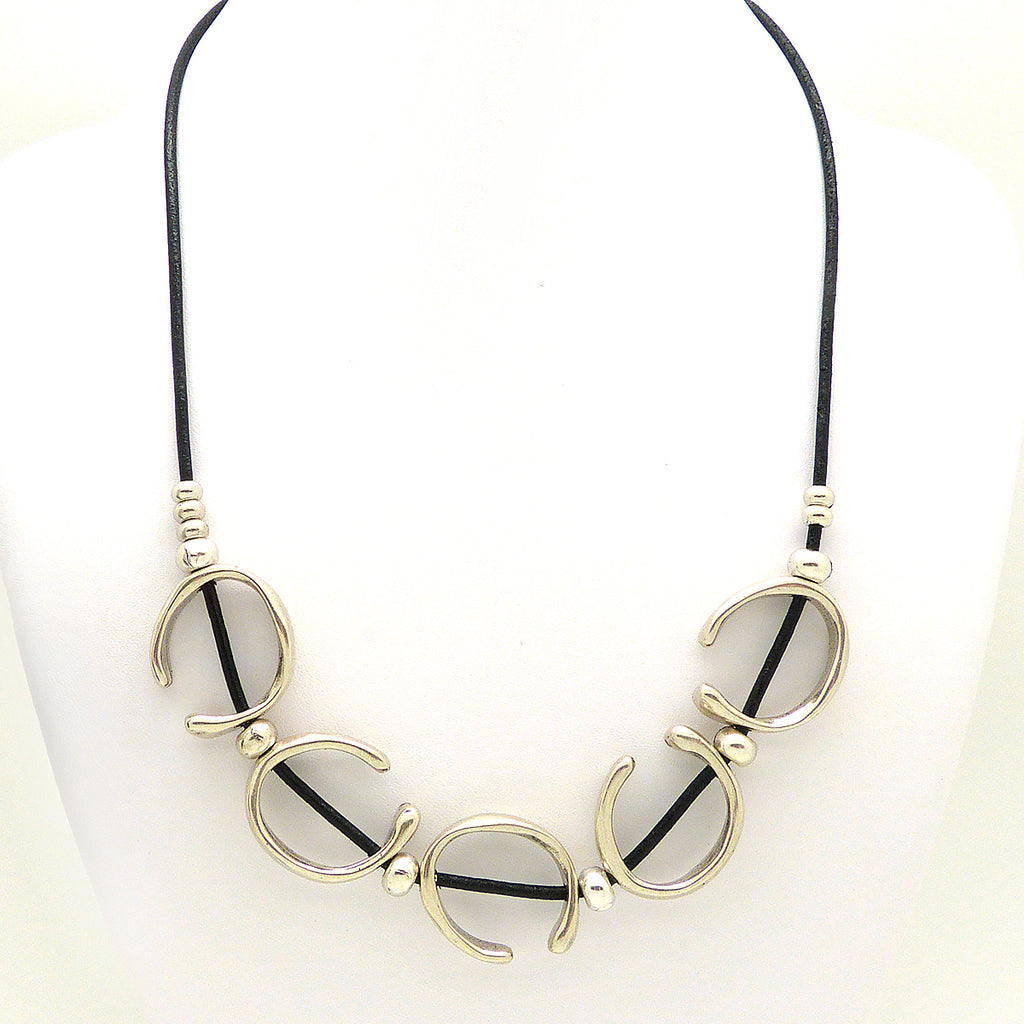 Lilly's Allure Black Leather Silver Open Ring Necklace N24 Wear with Uno de 50
