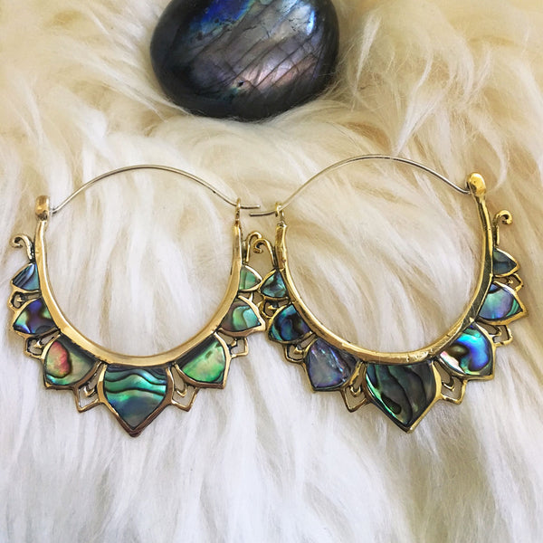 <span>BRES-191<span>: </span></span>Abalone Lotus Hoops - Silver Post