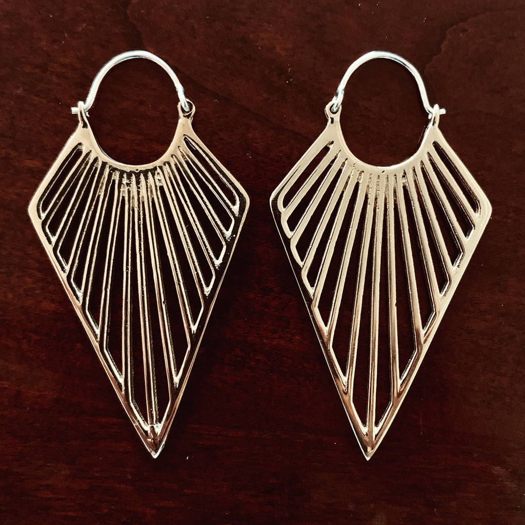 <span>BRES-902<span>: </span></span>Minka Ray Earrings - Silver Posts