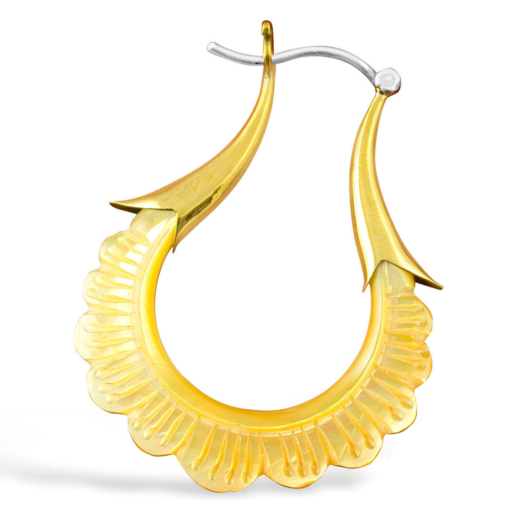<span>ESS-600<span>: </span></span>Daisy Hoops - Shell